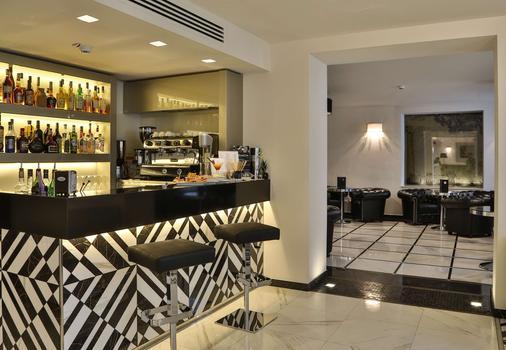精品米兰皇宫贝斯特韦斯特酒店 - 摩德纳 - 酒吧