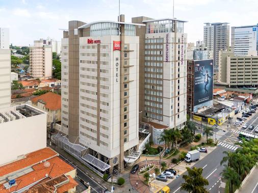 坎皮纳斯宜必思酒店 - 坎皮纳斯 - 建筑