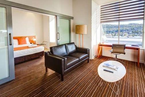 查尔斯曼特拉酒店 - 伦瑟斯顿 - 客厅