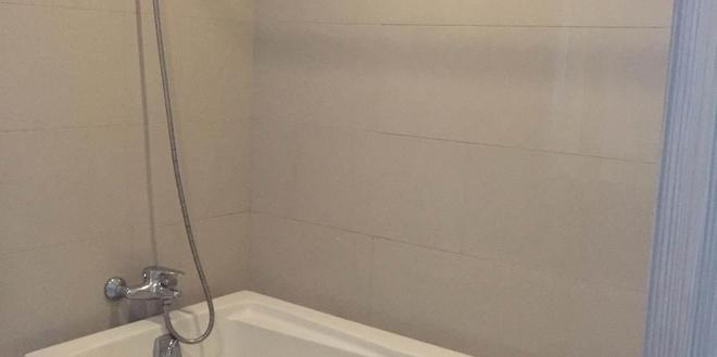 曼谷董里酒店 - 曼谷 - 浴室