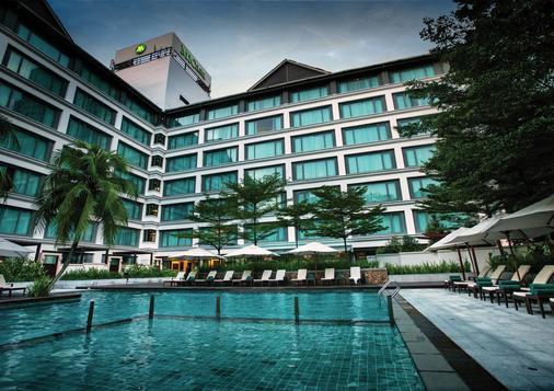 迈可赛套房酒店 - 吉隆坡 - 建筑