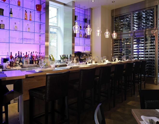 魁北克71酒店 - 魁北克市 - 酒吧
