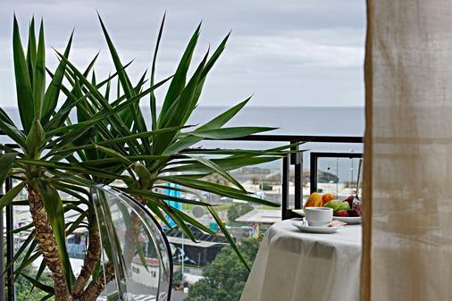 范纳尔家庭旅馆 - 卡塔尼亚 - 阳台