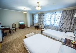 G 帝国酒店 - 努尔苏丹 - 睡房