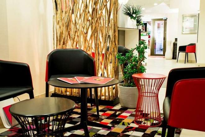 乐榭莱昂酒店 - 图卢兹 - 大厅
