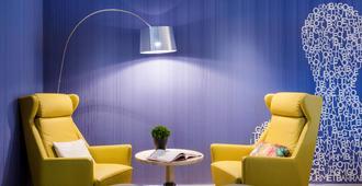 慕尼黑诺富特酒店 - 慕尼黑 - 休息厅