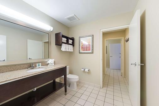 凯富套房酒店 - 南帕诸岛 - 浴室