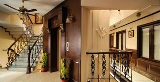 外交官派驻酒店 - 新德里 - 建筑
