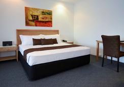 吉朗最佳西方汽车旅馆及服务公寓 - 吉朗 - 睡房