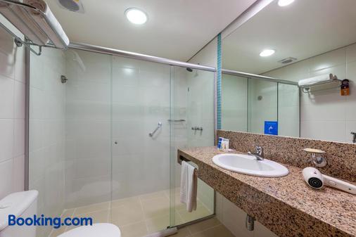 蓝树普利姆酒店 - 马瑙斯 - 浴室