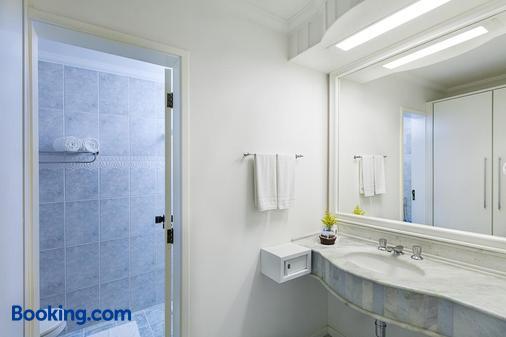 迪辛特拉酒店 - 巴拉奈里奥-坎布里乌 - 浴室