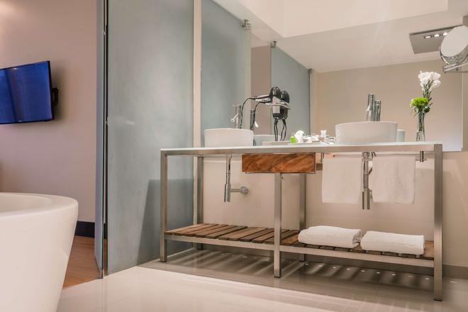 NH精选旅馆-墨西哥城圣达菲 - 墨西哥城 - 浴室