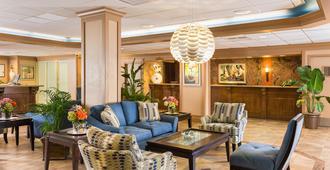 梅龍鎮美特爾海濱度假酒店 - 默特尔比奇 - 休息厅