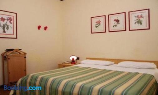 皇家住宅酒店 - 锡拉库扎 - 睡房