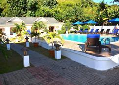 布里坦尼亚酒店 - 普拉兰大安塞区 - 游泳池