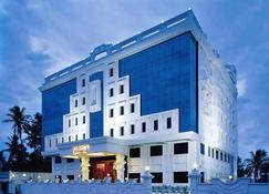 安马来国际大酒店 - 蓬蒂切里 - 建筑