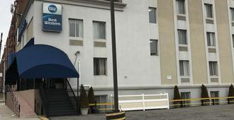 贝斯特韦斯特牙买加酒店 - 皇后区 - 建筑