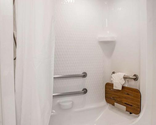 西雅图塔科马机场斯利普酒店 - 锡塔克 - 浴室