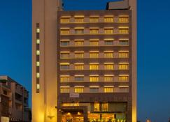 皇家兰花中央阿寇塔酒店 - 巴罗达 - 瓦多达拉(巴罗达) - 建筑