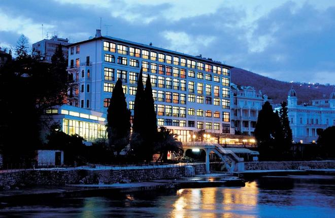 瑞米森克里斯塔尔酒店 - 奥帕提亚 - 建筑
