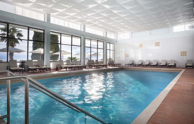 瑞米森克里斯塔尔酒店 - 奥帕提亚 - 游泳池