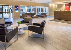 肯纳威克哥伦比亚中心红狮酒店 - 肯纳威克 - 大厅