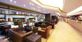 港青酒店 (前香港基督教青年会) - 香港 - 大厅