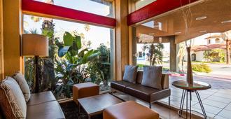 棕榈泉贝斯特韦斯特酒店 - 棕榈泉 - 大厅