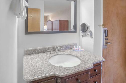 尤里卡戴斯酒店 - 尤里卡 - 浴室