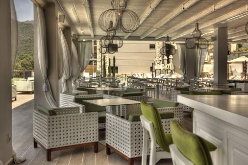 萨尔瓦托别墅Spa酒店 - 帕尔加 - 餐馆