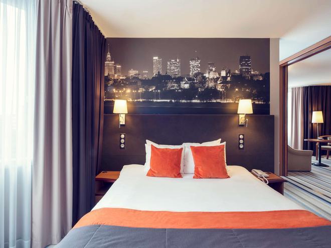 华沙中心美居酒店 - 华沙 - 睡房