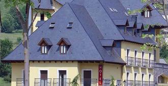 阿西维瓦尔达兰Spa酒店 - 维耶拉 - 建筑