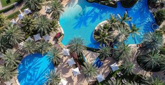 香格里拉巴尔吉萨Spa度假酒店 - 马斯喀特 - 游泳池