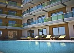 克里特岛水晶湾酒店 - 基萨莫斯 - 游泳池