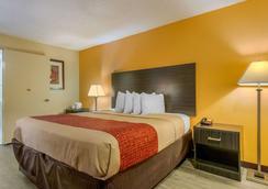 国际大道伊克诺旅馆 - 奥兰多 - 睡房