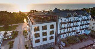 黑灵斯多夫斯丹德酒店 - 塞巴特黑灵斯多夫 - 建筑
