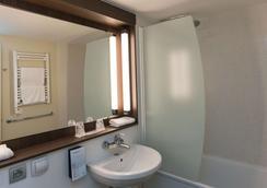 康铂多维尔酒店 - 多维尔 - 浴室