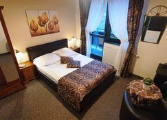 布尔基茨库旅馆 - 比亚乌卡-塔特桑斯卡 - 睡房