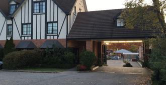 奥伯里庄园旅馆 - 奥尔伯里 - 建筑