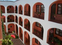 革命米西翁拉城墙酒店 - 阿梅阿尔科 - 建筑