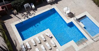 圣莫尼卡梅德普拉亚酒店 - 卡里拉 - 游泳池