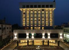 M G 路盖特威酒店 - 维杰亚瓦达 - 建筑