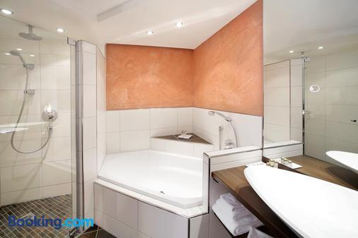 索内酒店 - 福森 - 浴室