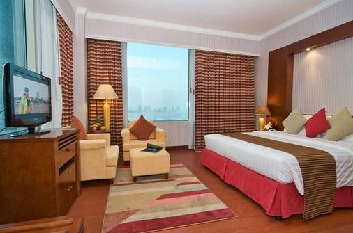 艾尔瑞安瑞塔杰酒店 - 多哈 - 睡房