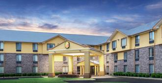 特克萨卡纳速8酒店 - Texarkana - 建筑