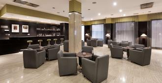 Nh巴利亚多利德城市酒店 - 巴利亚多利德 - 酒吧