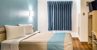 奥勒冈林肯市 6 号汽车旅馆 - 林肯市 - 睡房