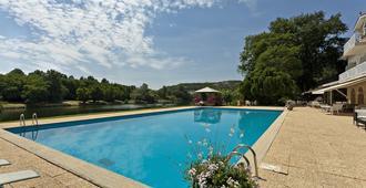 拉里塞尔维亚酒店 - 阿尔比 - 游泳池