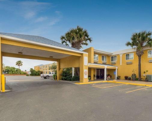 科珀斯克里斯蒂品质酒店及套房 - 科珀斯克里斯蒂 - 建筑