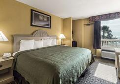 科珀斯克里斯蒂品质酒店及套房 - 科珀斯克里斯蒂 - 睡房